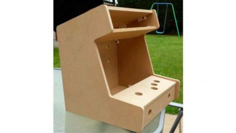 Podrás construir tú mismo el armazón que servirá de soporte para la electrónica, la pantalla, altavoces y demás.