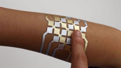 Tatuaje inteligente controla tu móvil de forma remota