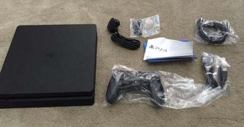 Se filtran fotos de la nueva PS4 Slim