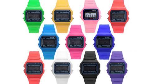 Reloj digital de colores