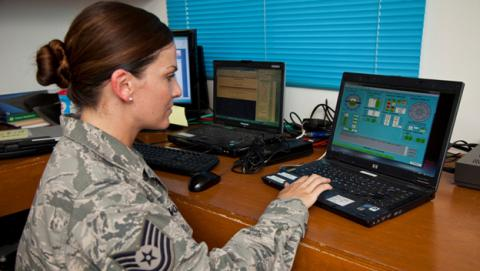 La Fuerza Aérea de EEUU renovará sus equipos con Windows 10