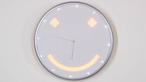 reloj inteligente pared