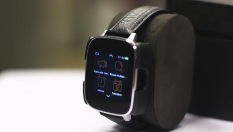 Diseño del smartwatch Zeblaze Crystal