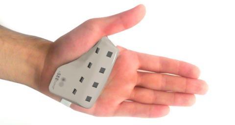 uSEEband, la pulsera que traduce el lenguaje de signos
