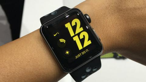 Apple Watcn Series 2 Nike+