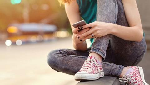 Instagram lanza herramienta contra suicidio