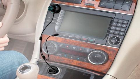 Lumsing diseña el manos libres Bluetooth definitivo para tu coche