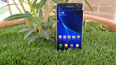 Diseño Galaxy J7 2016