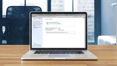 Solucionar el problema de Windows Update buscando la actualización