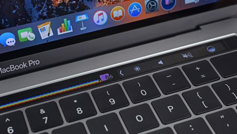 El nuevo MacBook Pro con Touch Bar es muy difícil de reparar
