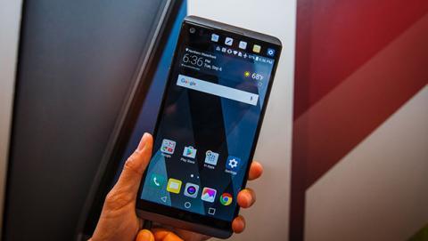 LG V30 sin pantalla complementaria