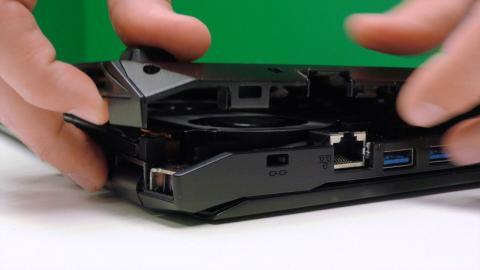 quitar la tapa del portátil para cambiar disco