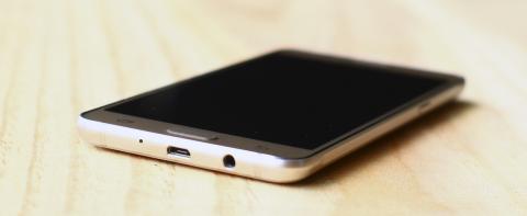 USB Galaxy J5