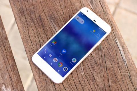 El Google Pixel XL visto desde la parte frontal