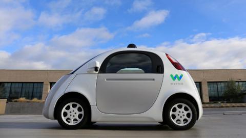 El coche autónomo de Google pasa a llamarse Waymo