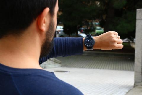 Así se ve el Samsung Gear S3 en la mano