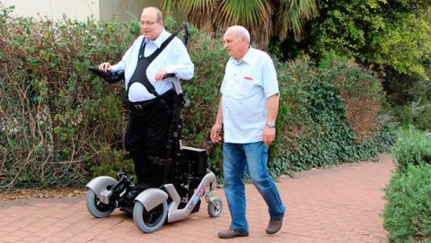 silla ruedas vertical