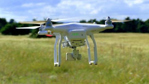 Dron de reparto
