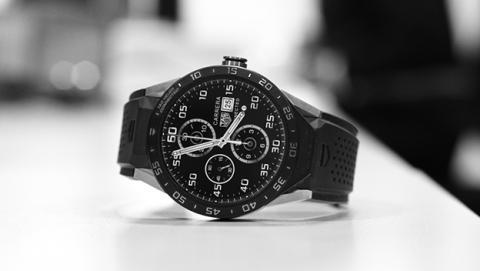 TAG Heuer repetirá con otro reloj inteligente de lujo en mayo