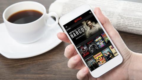 Netflix ya permite descargar los contenidos a la tarjeta microSD