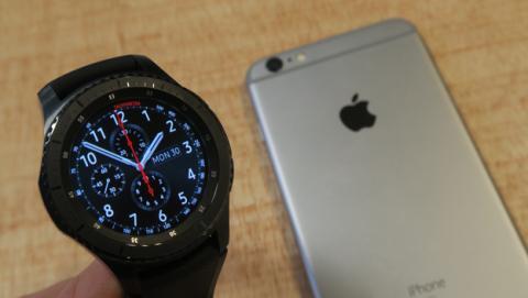 El Gear S3 es uno de los relojes de Samsung que ya funciona con iOS