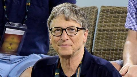 Bill Gates se convertirá en billonario dentro de 25 años