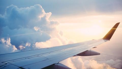 nube radiacion avion