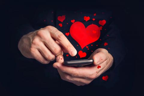 felicitar san valentín, tarjetas san valentín, tarjetas san valentin online, felictar san valentin por Internet, apps san valentin, postales san valentín, feliz san valentín, mensajes san valentin, mensajes de whatsapp san valentin