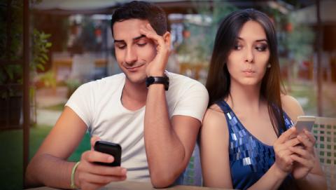 Wolf Intelligence, la empresa que promete espiar el WhatsApp en los iPhone