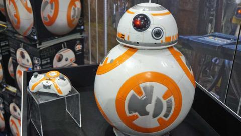 El robot BB8 a tamaño real de Spin Master