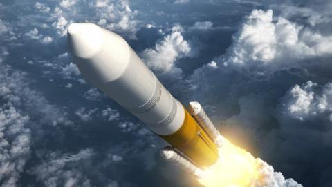 Dos turistas visitarán la luna en 2018 con SpaceX