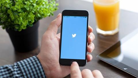 Evitar spoilers y trolls en Twitter
