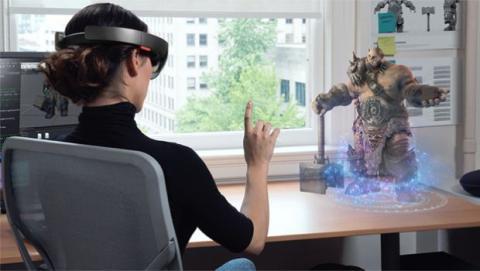 Gafas de realidad virtual Microsoft VR.