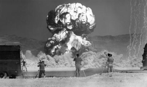 EEUU desclasifica videos de pruebas nucleares