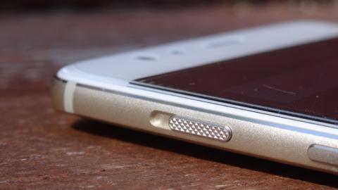 El botón de silencio del OnePlus 3T permite silenciar las llamadas con un clic