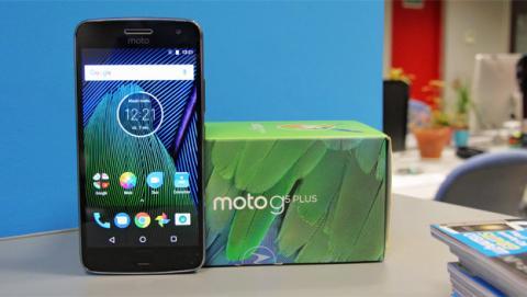 Unboxing en vídeo del Moto G5 Plus