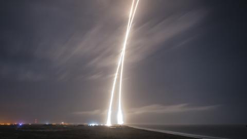 El cuarto aterrizaje que consigue el cohete Falcon 9 de SpaceX