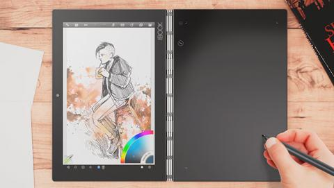 Lenovo Yoga Book también es un tableta digitalizadora en la que puedes utilizar un lápiz digital