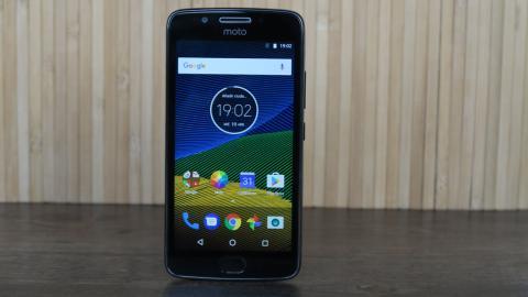 Moto G5: además del análisis, en esta galería puedes ver fotografías con detalles de cada uno de los aspectos del diseño de este móvil de Motorola