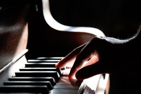 Aprende a componer música con este software online gratis