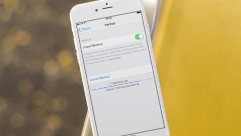 Tu iPhone almacena tus notas borradas más tiempo de lo esperado
