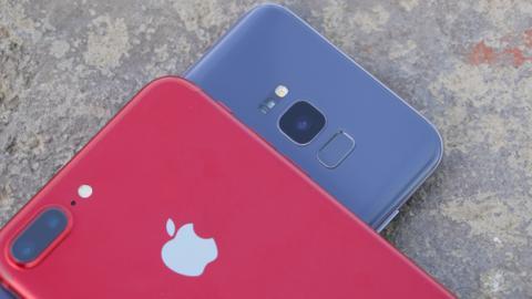 El S8+ tiene unas conectividades más recientes: Bluetooth 5.0 o el 4G LTE más rápido, por ejemplo
