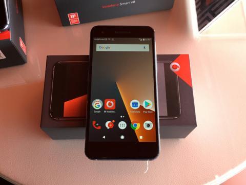 Vodafone Smart S8