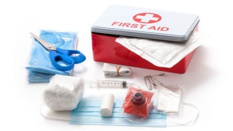 Cómo preparar un botiquín de primeros auxilios para la casa o el coche
