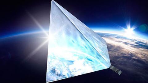 satelite brillante