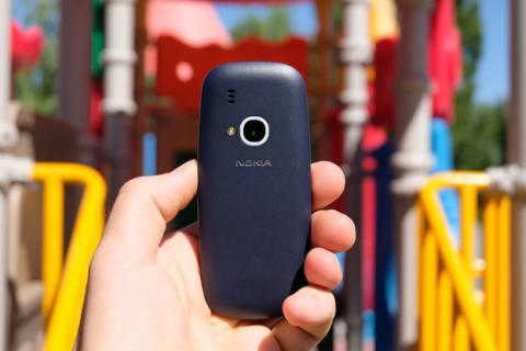 Sí, es en serio, hemos probado el Nokia 3310