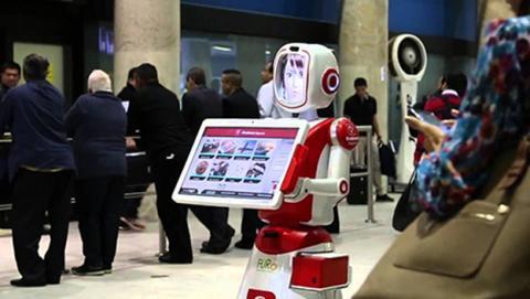 Los robots que te ayudarán cuando llegues a una estación