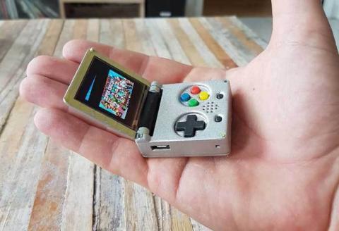 Crean una Game Boy del tamaño de un llavero