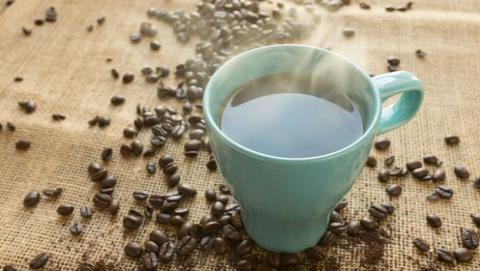 El café es bueno para la salud, aunque con moderación.