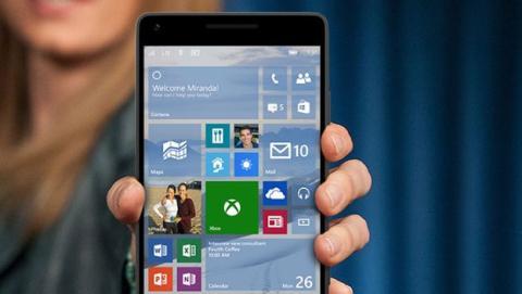 Habrá que esperar a un nuevo móvil para disfrutar de Windows 10 al completo.
